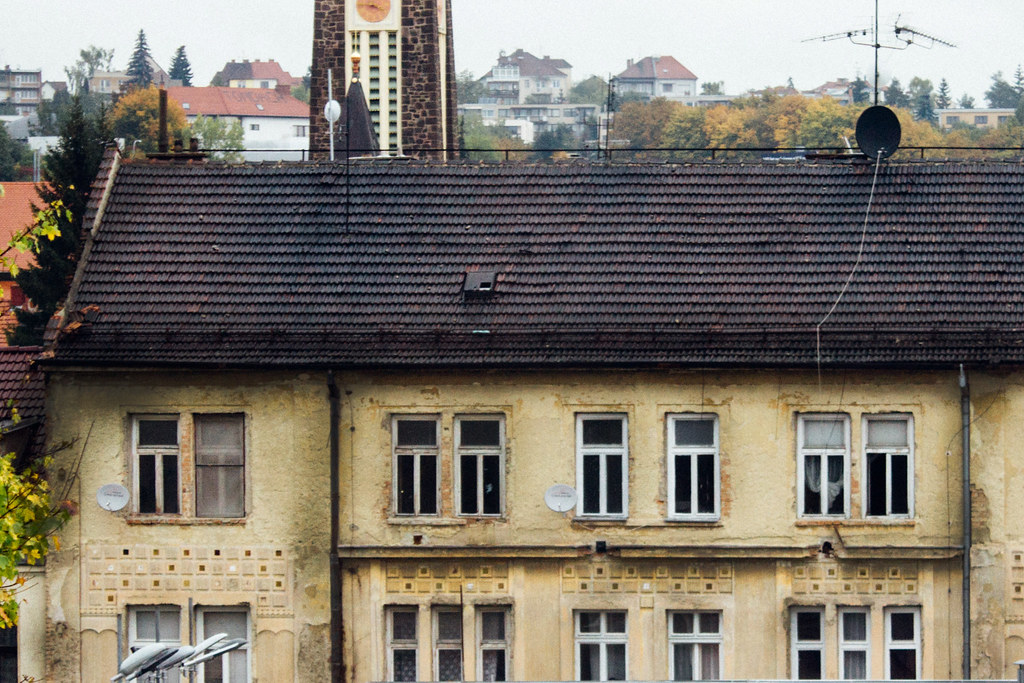 Rómovia majú častokrát problém pri hľadaní ubytovania. Majitelia bytov majú predsudky. Ilustračná fotografia: Lucia Tupá