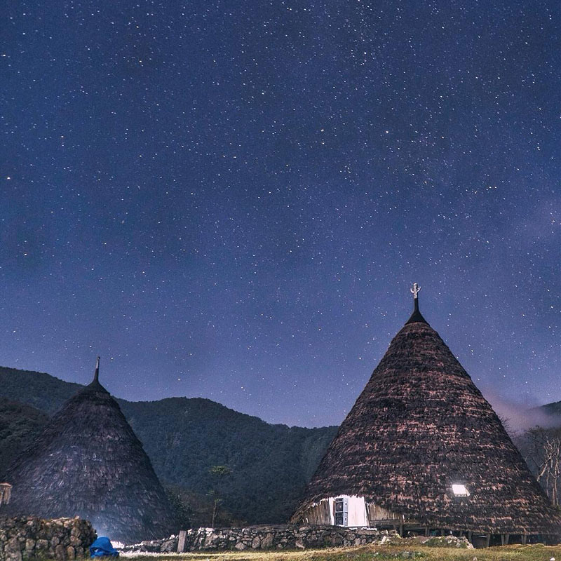 Wae Rebo village at night