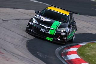 Opel-Team Strycek bei der VLN-Langstreckenmeisterschaft auf dem Nürburgring