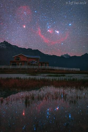 VCSE - Mai kép - Az Orion csillagkép Tibet felett.