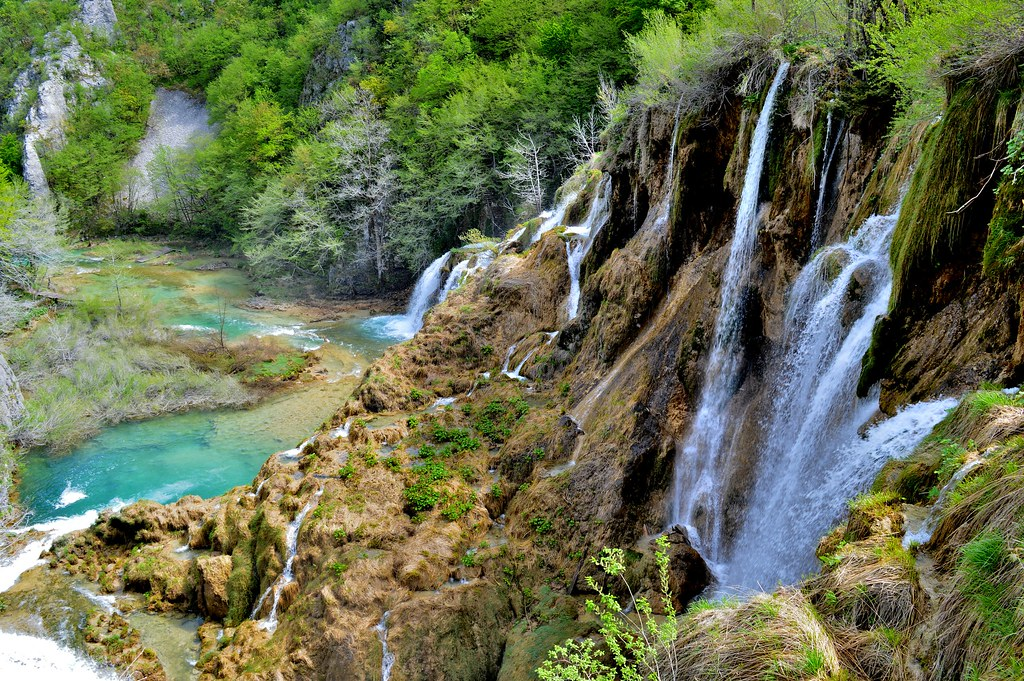 5 facts about Plitvice Lakes National Park.