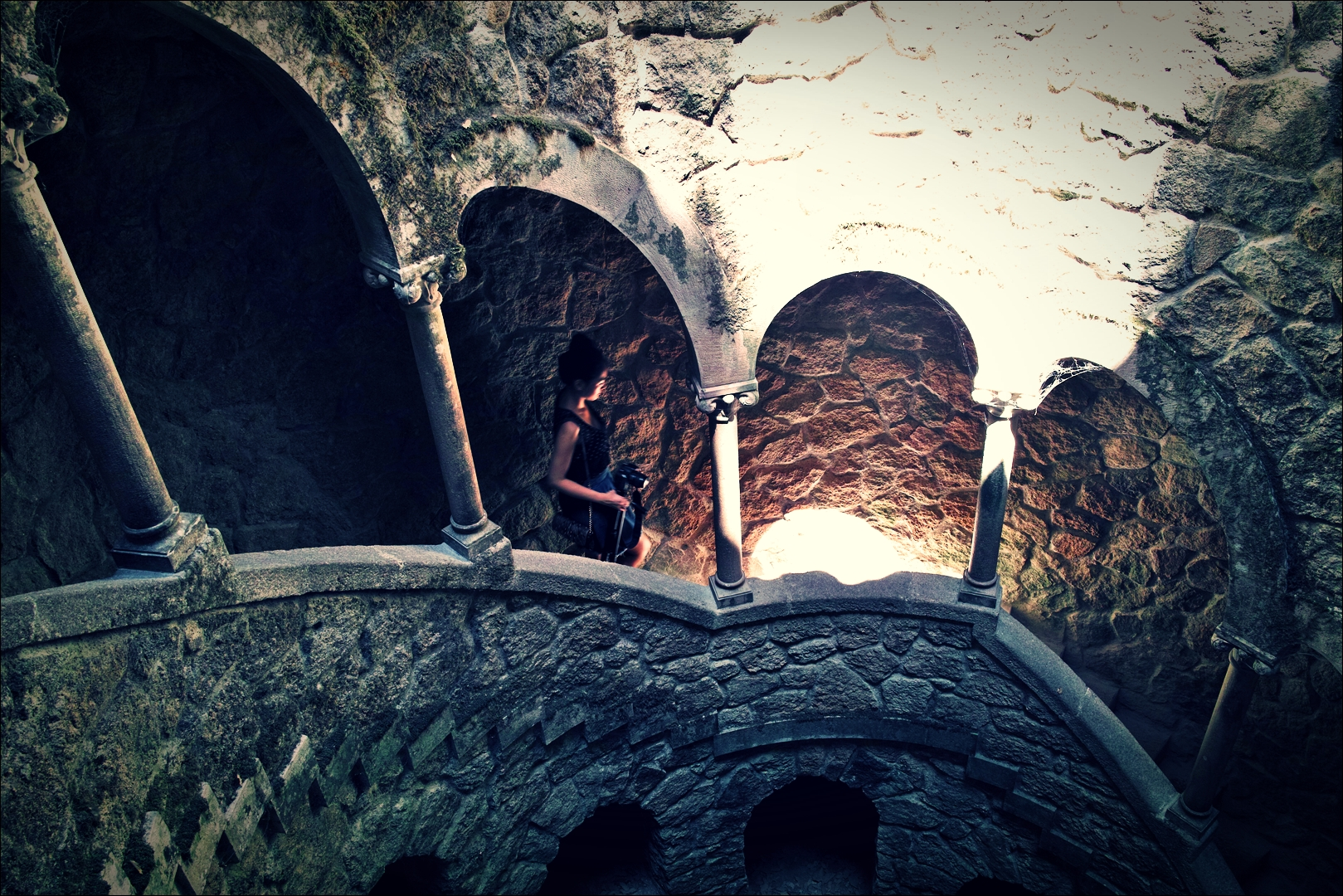 지하로 내려가는 길-'헤갈레이라 별장(Quinta da regaleira)'