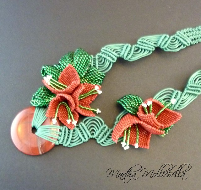 bouganville beads necklace macrame beads by Martha Mollichella