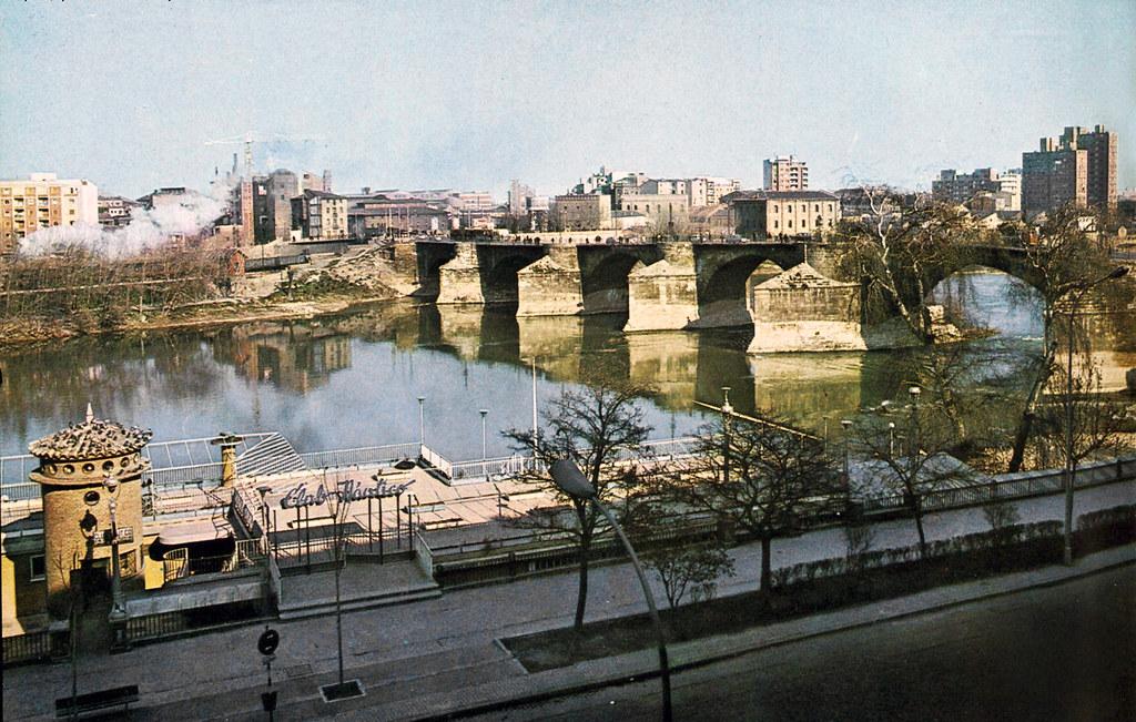 Club n utico 1966 vista del puente de piedra de zaragoza flickr - Club nautico zaragoza ...