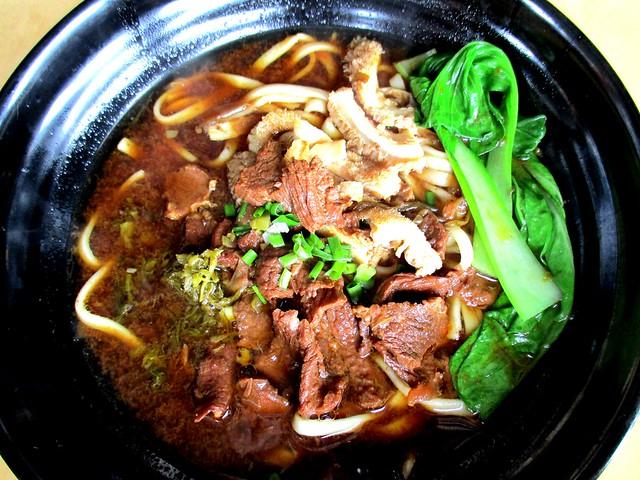 Chopsticks beef noodles special 1