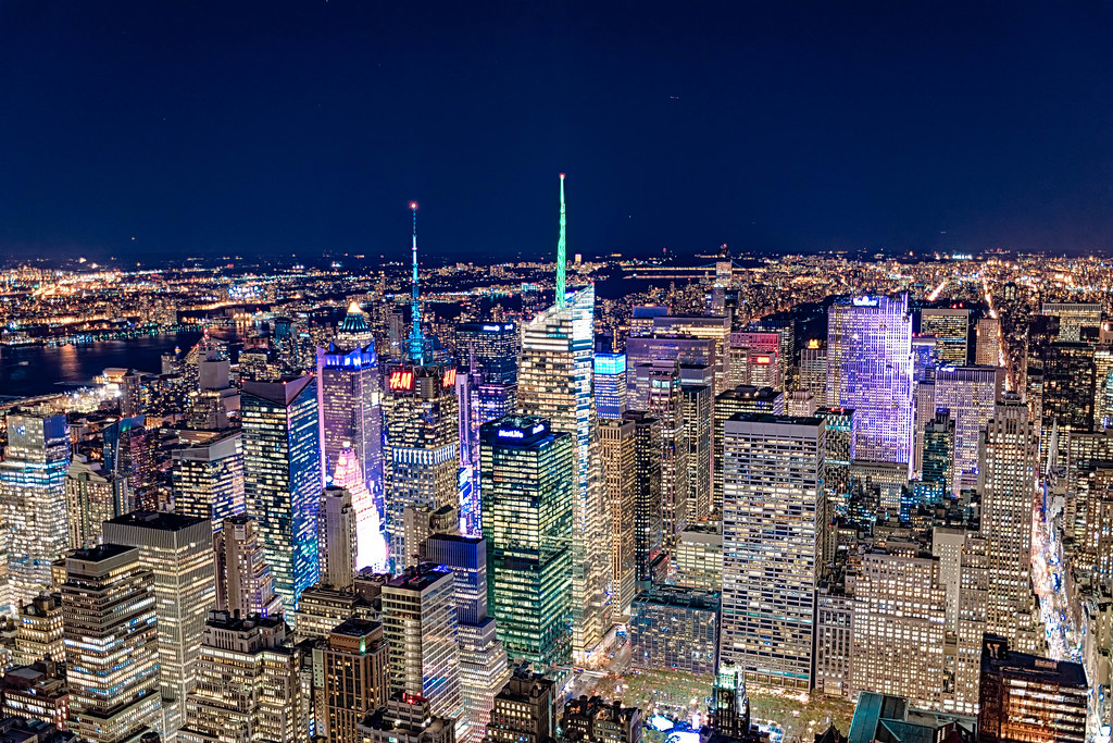 new york city skyline from top of empire state building. Black Bedroom Furniture Sets. Home Design Ideas
