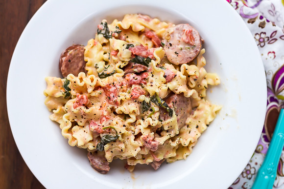 Creamy Sausage and Spinach Pasta