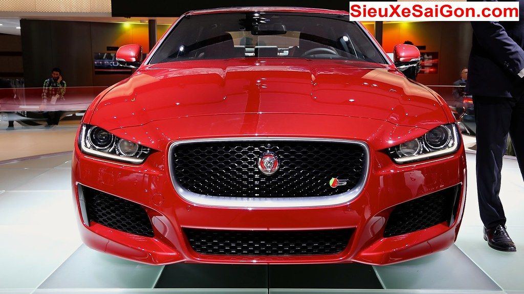 JAGUAR XE S MODEL 2017