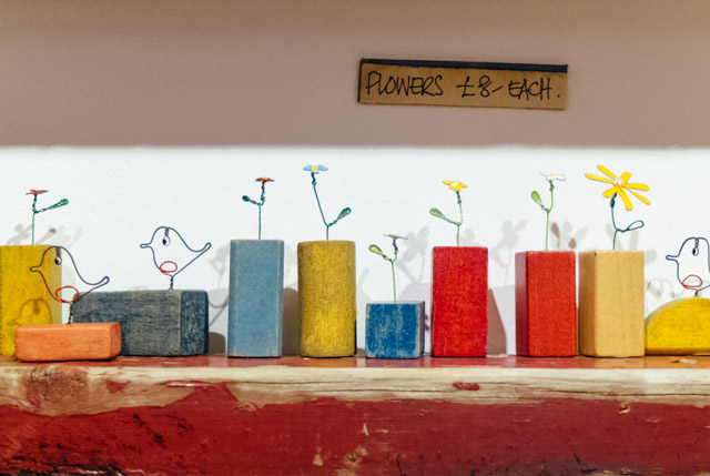 building brick flowers and birds from anya keeley