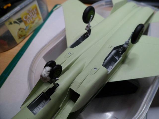 Pas-à-pas : MiG 25 Foxbat [Condor 1/72] - Page 3 30382375794_dc3760a121_o