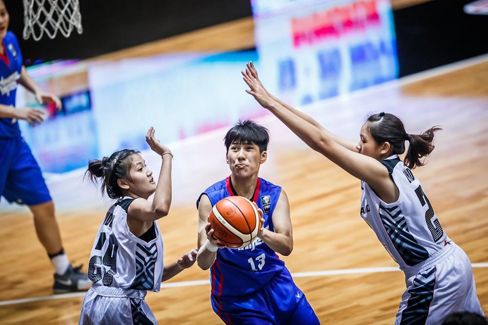 王竫婷(持球者)。(FIBA提供)