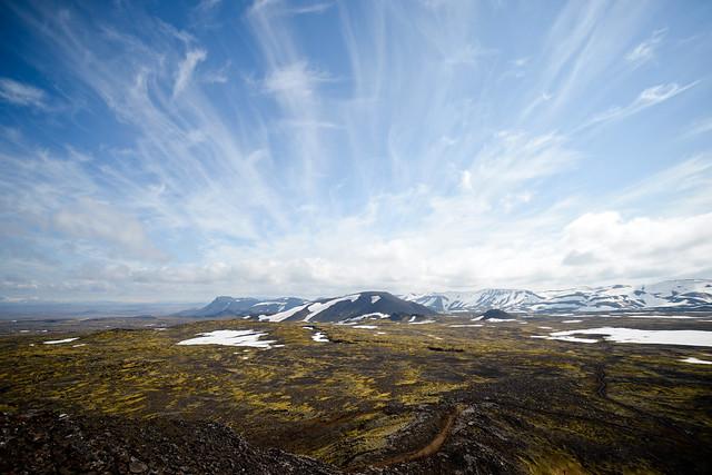 Vistas de todo el Parque Nacional de las Blue Mountains desde lo alto de la cima del volcán Thrihnukagigur
