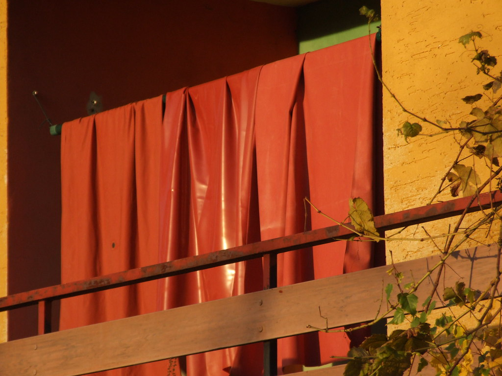 Dscf5190 Shiny Red Brown Rubber Bed Sheets Hanging