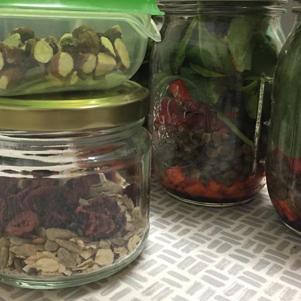 pre-prepared food for the week, bircher muesli in a jar, mason jar lentil salads and little boxes of snacks
