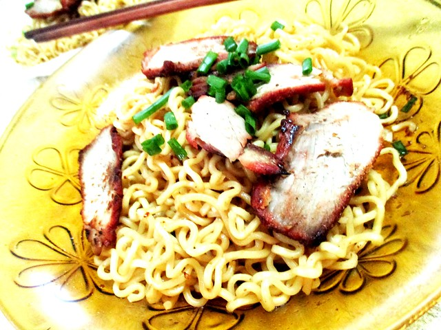Indofood mi goreng with char siew