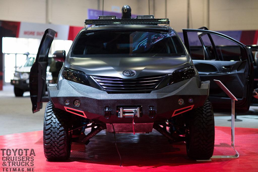 Sienna UUV - SEMA 2015 Toyota