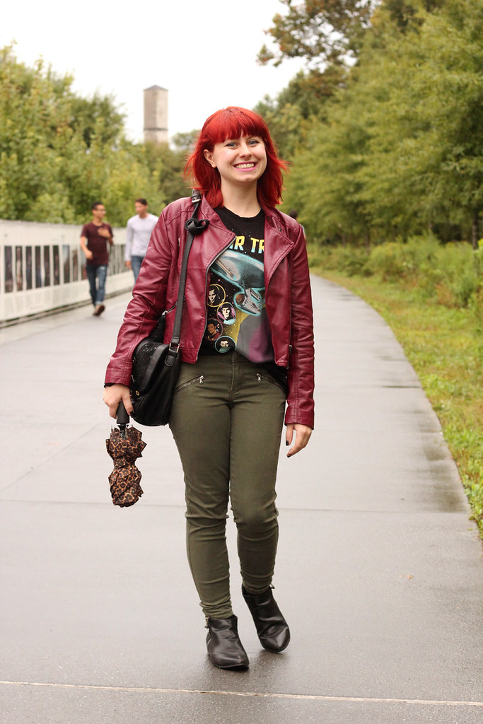 Oxblood Leather Jacket, Star Trek T-shirt, Khaki Green Skinny Jeans, and Pointed Ankle Boots