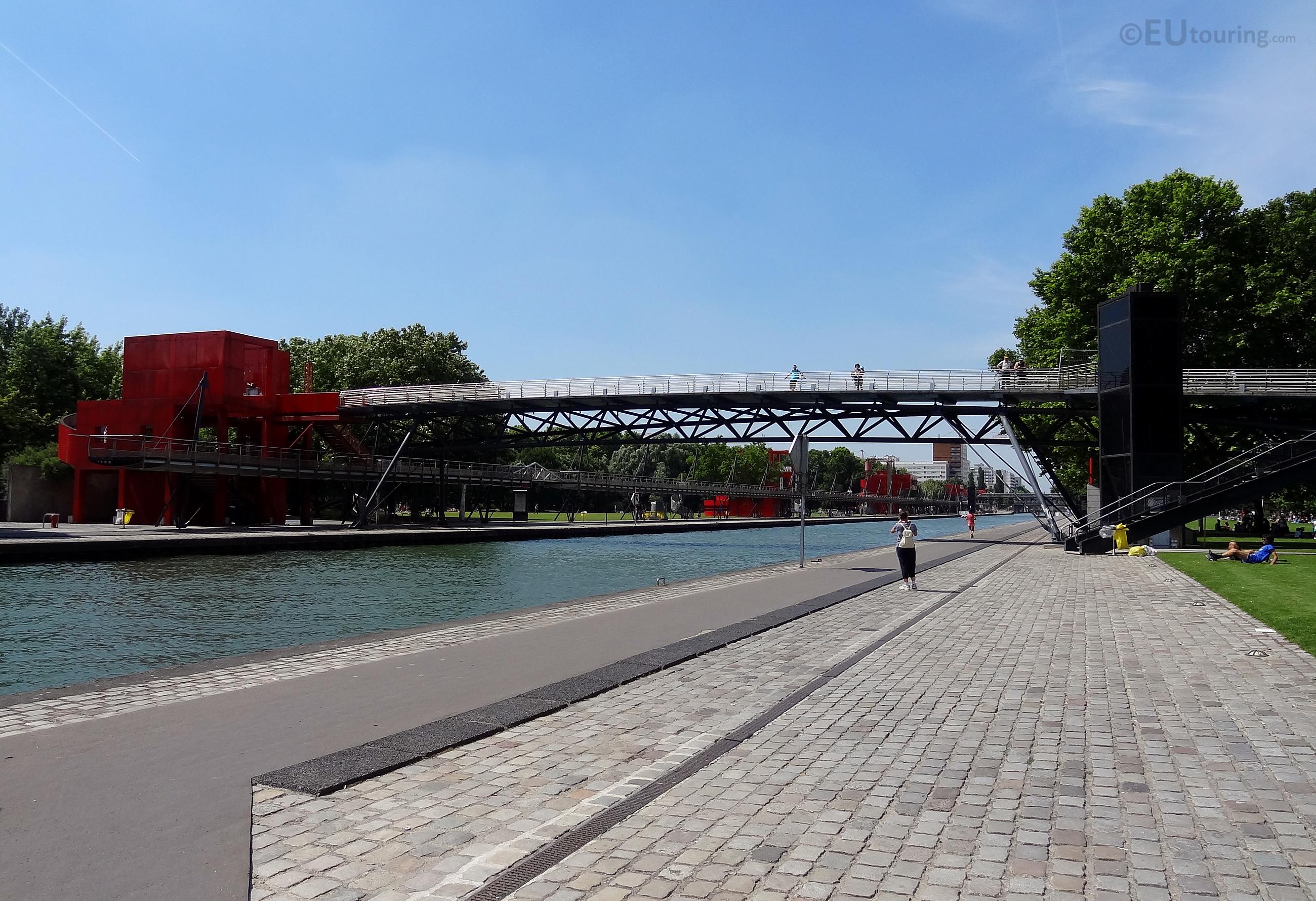 Canal de l'Ourcq in Parc de la Villette