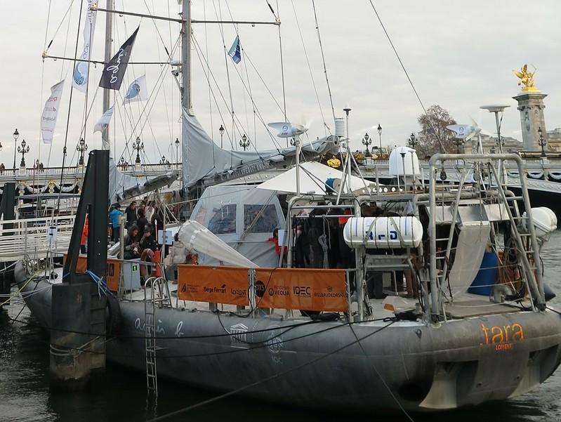 2015年的巴黎氣候大會期間,Tara探險號也停靠於塞納河沿岸開放民眾參觀。攝影:吳郁娟。