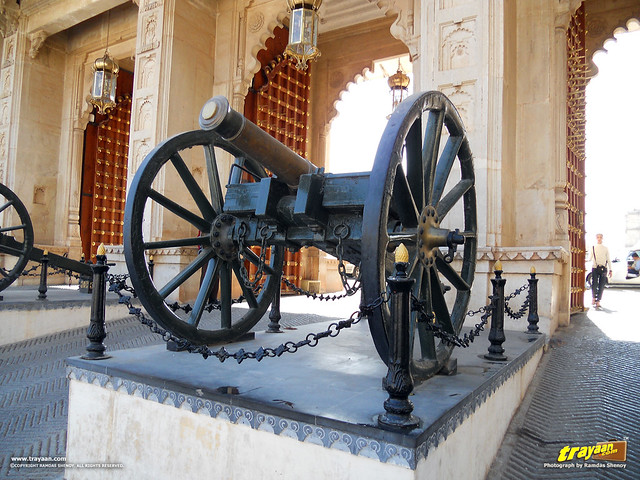 The Cannon at Tripolia gate to the City Palace in Udaipur, Rajasthan, India