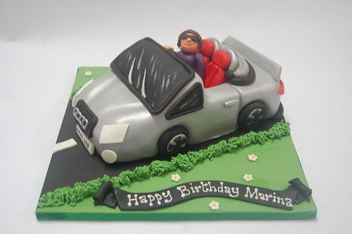 Almost too good to cut! Combine a dream vehicle with that special person. The Audi TT Cake - from £75.