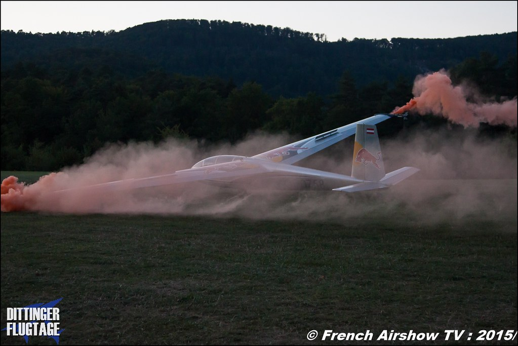 Blanix Team , Acrobatics Team , Blanik L 13 , 2 gliders , DITTINGER FLUGTAGE 2015 , Internationale Dittinger Flugtage , Dittingen Flugtage 2015 , Suisse Airshow , Dittinger Flugtage, Meeting Aerien 2015