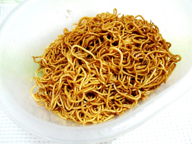 Noodles, tossed