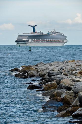 Carnival Valor Cruise Ship 10  Flickr  Photo Sharing