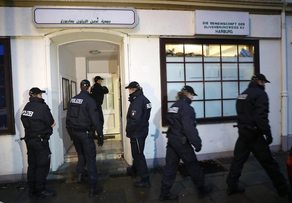 Germany Raids Mosques, Homes Linked to Islamist Group