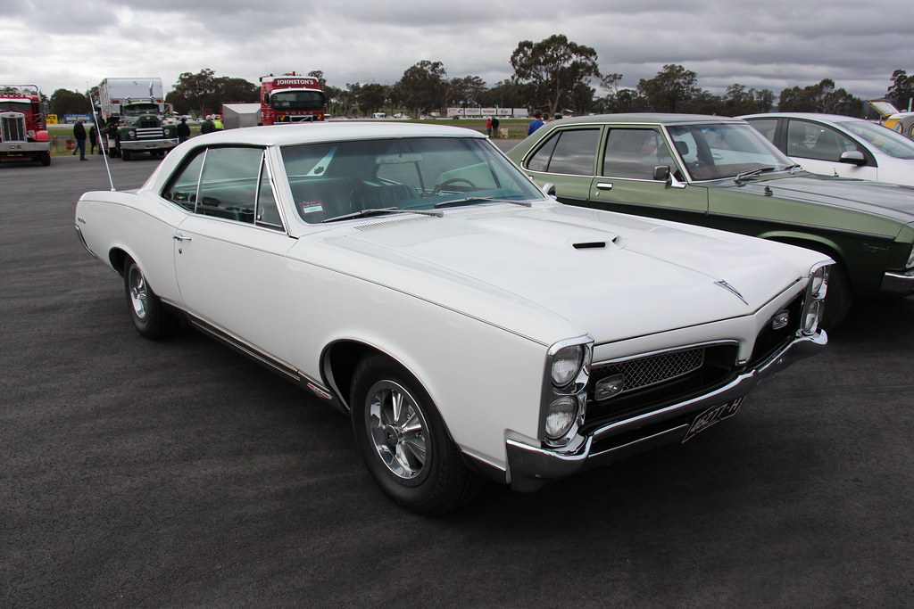 Pontiac Cameo White Touch Up Paint