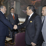 Secretary General Meets with Foreign Minister of Honduras