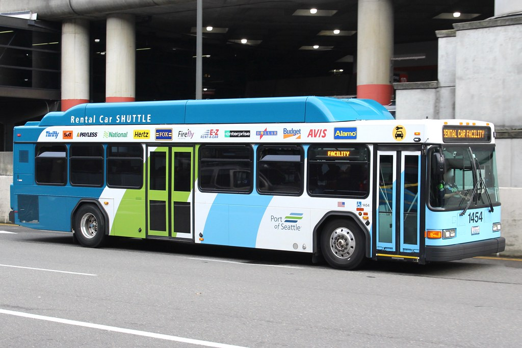 Gillig Rental Car Shuttle At Seattle-Tacoma