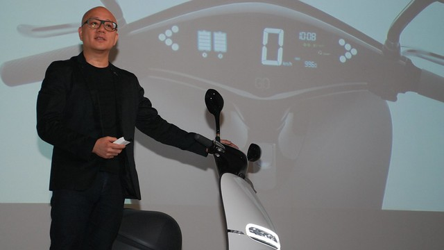 陸學森宣布Gogoro推出價格更低的Lite版。攝影:彭瑞祥。