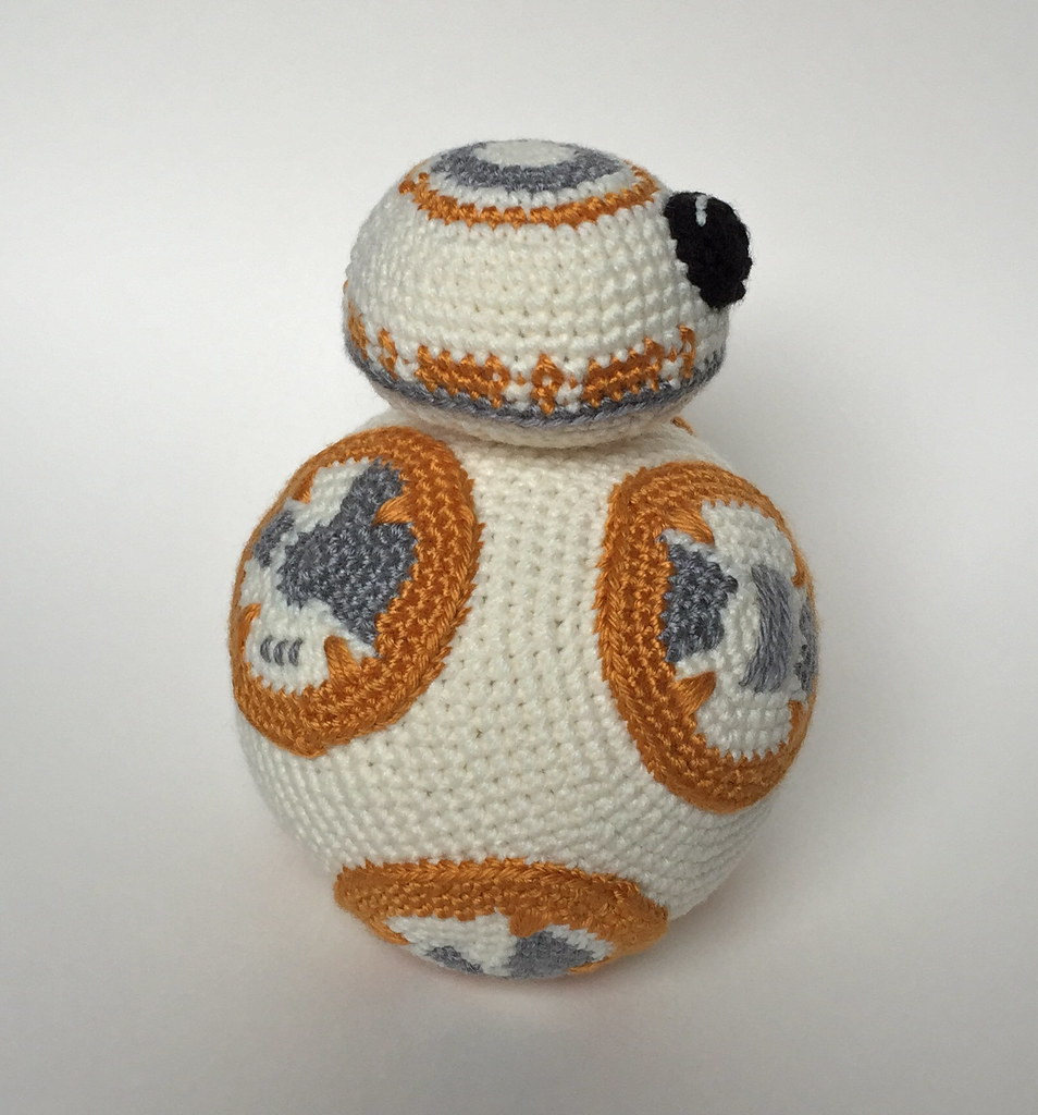 Crocheted BB8 Here are two more side views of my little ...