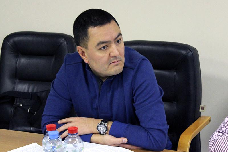 Альфред Хакимов, «Коммерсантъ-Пресс»