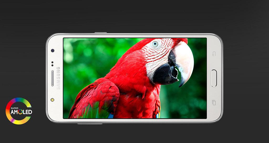 Samsung Galaxy J5 lưu trữ khoảng khắc ấn tượng