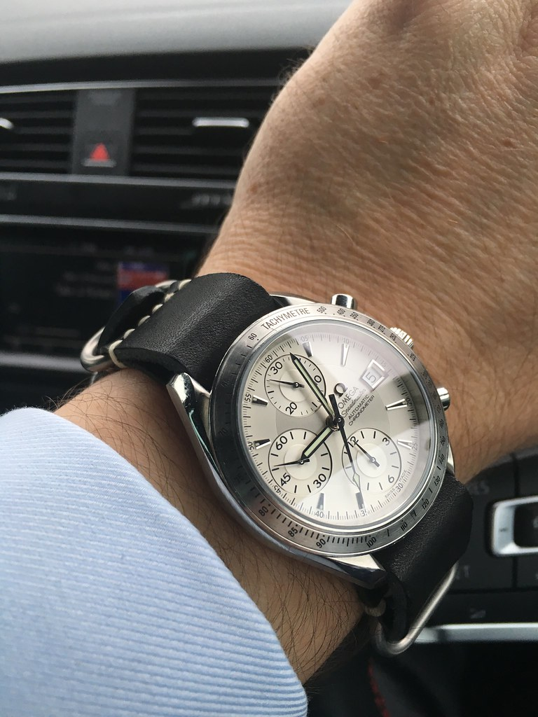 speedmaster date leather strap All day sales searches thousands of stores such as amazon and ebay to find you the best prices for leather omega speedmaster strap bezel- date feature.