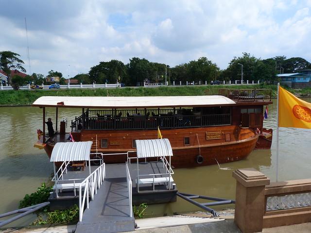 Barco Thanatharee con el que hicimos el crucero por Ayutthaya (Tailandia)