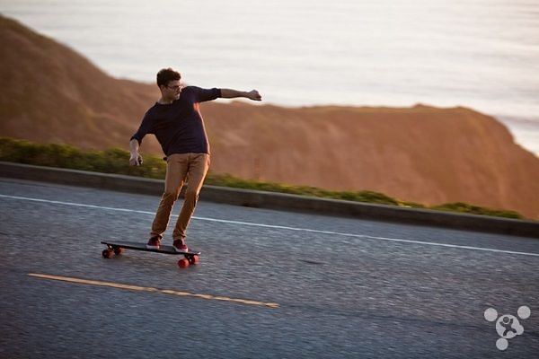 Is the design of electricdriven skateboards skateboard stable innovation M1