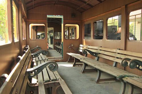 Interior Salah Satu Gerbong Tua di Museum Kereta Api Ambarawa