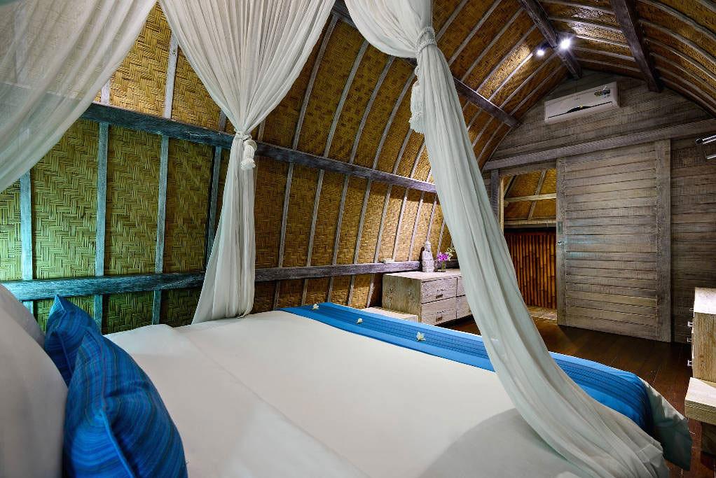 villa-atlantis-3-via-airbnb