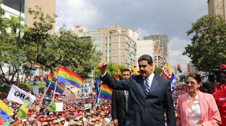 Maduro pidió no acatar el llamado opositor a una huelga general