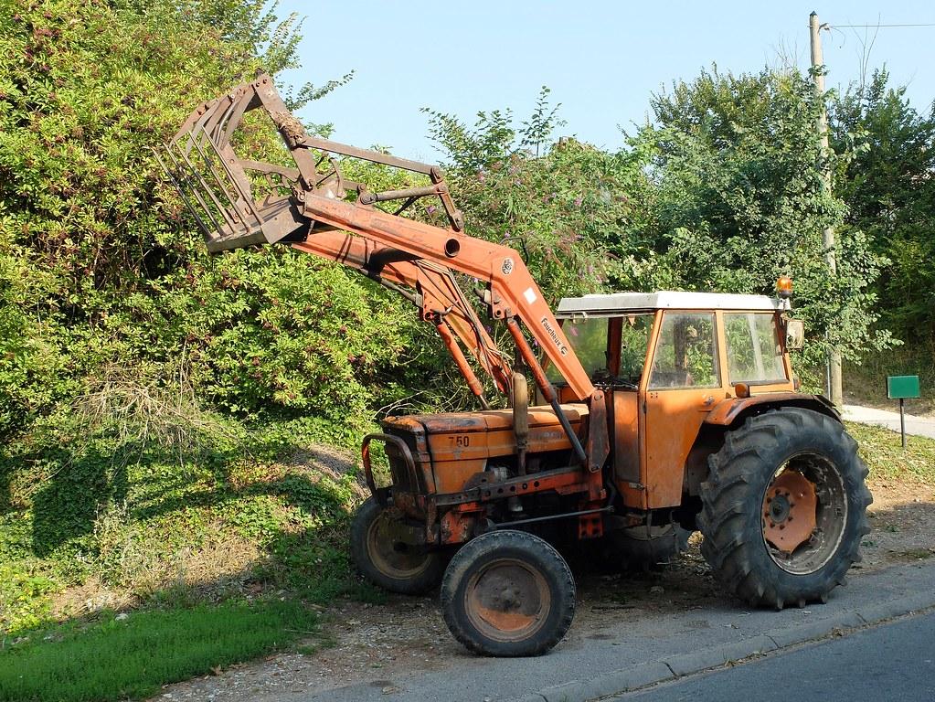 Tracteur someca 750 avec fourche faucheux old farm tractor flickr - Tracteur avec fourche ...