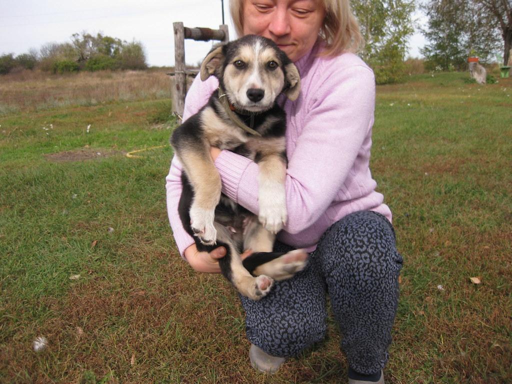 Курова(Маркина) Елена с щенком в руках