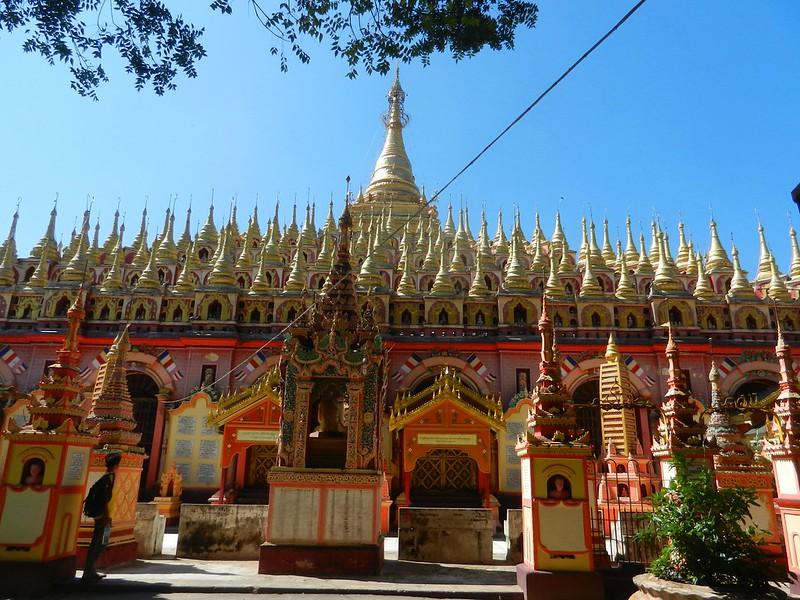 Монива, Мьянма, храмы