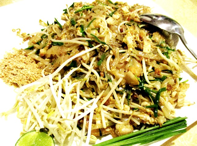 Flavours Thai Kitchen pad thai