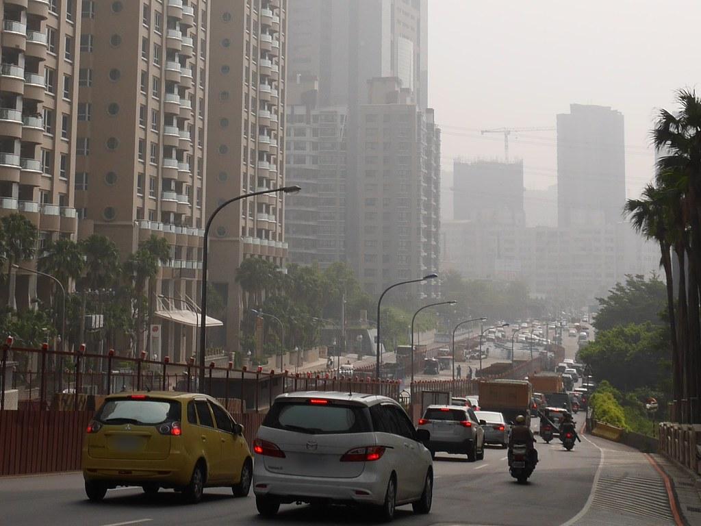 城市裡的空氣污染。攝影:洪郁婷。環境資訊協會資料照