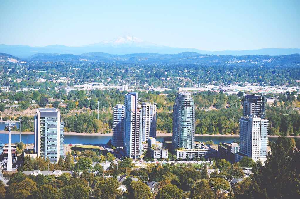 Portland, Oregon | via It's Travel O'Clock