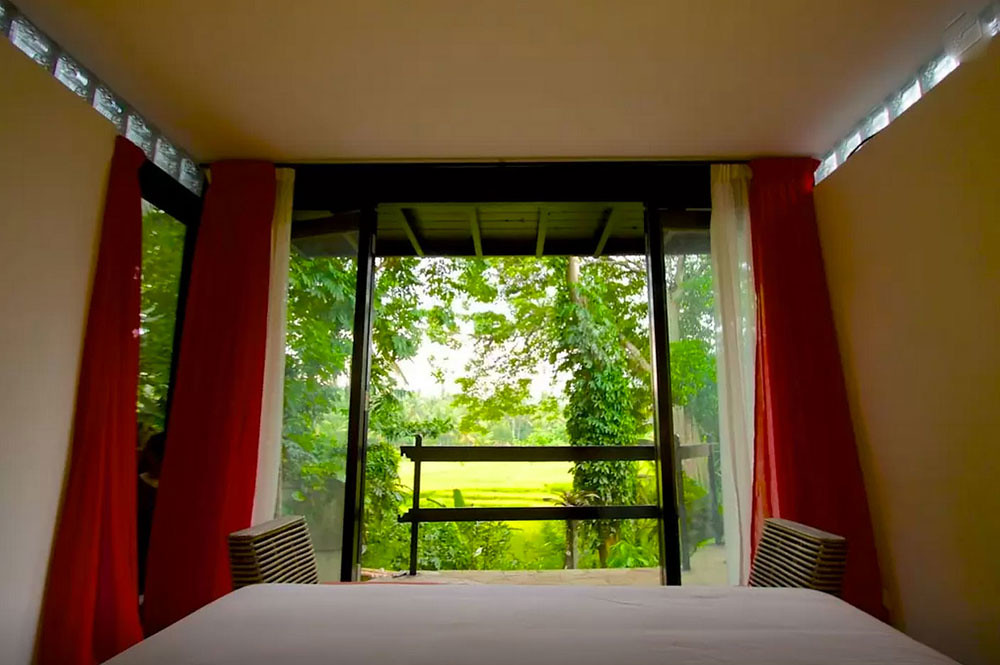 6-via-airbnb