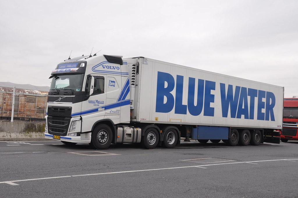 Volvo Fh4 500 Globetrotter B 248 Rge M 248 Ller Dk Blue Water